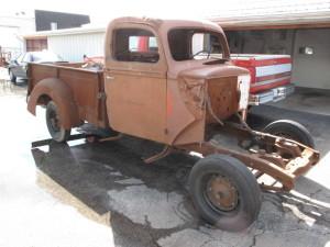 1942-Ford-PU-19586ea92ae1337.JPG