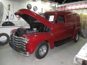 1950-Chevy-Panel-Truck-red-22JPG.jpg
