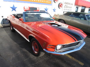70-Mustang-red-107.JPG